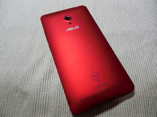 ZenFone 6の背面